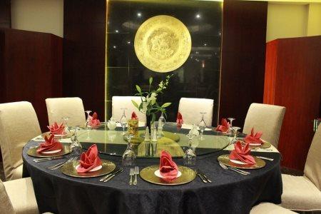 Red Dragon Chinese Restaurant in Dammam